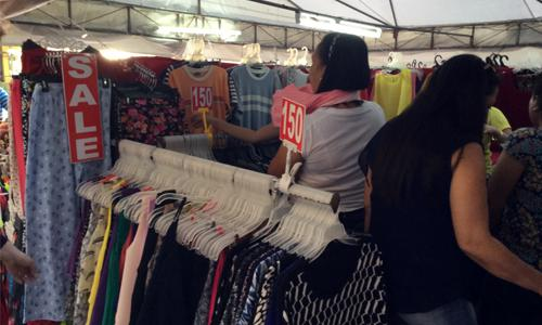 Tagaytay market shopping and pasalubong Robinson