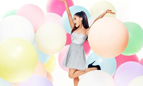 snag her style Ariana Grande